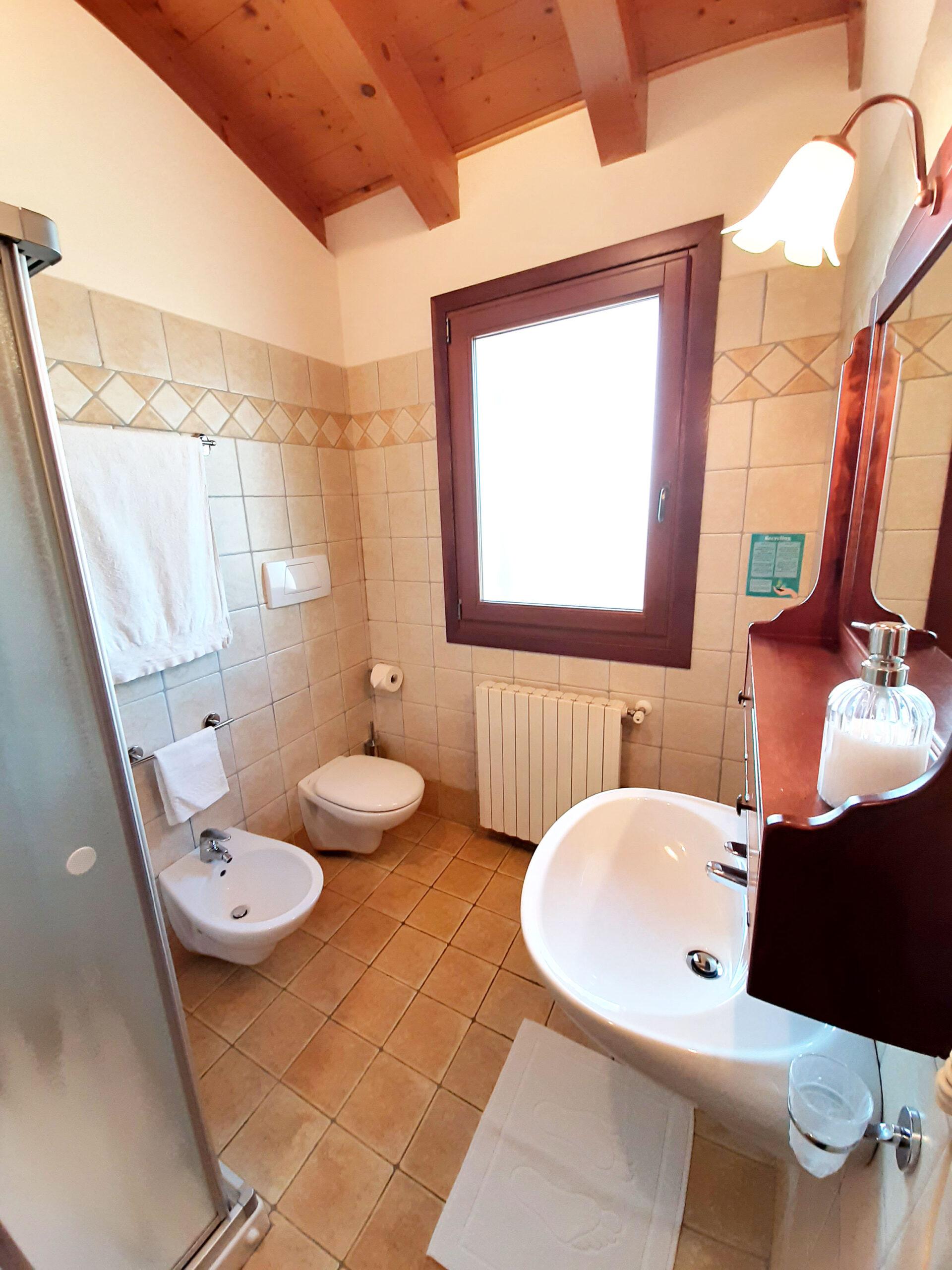 bagno camera tripla